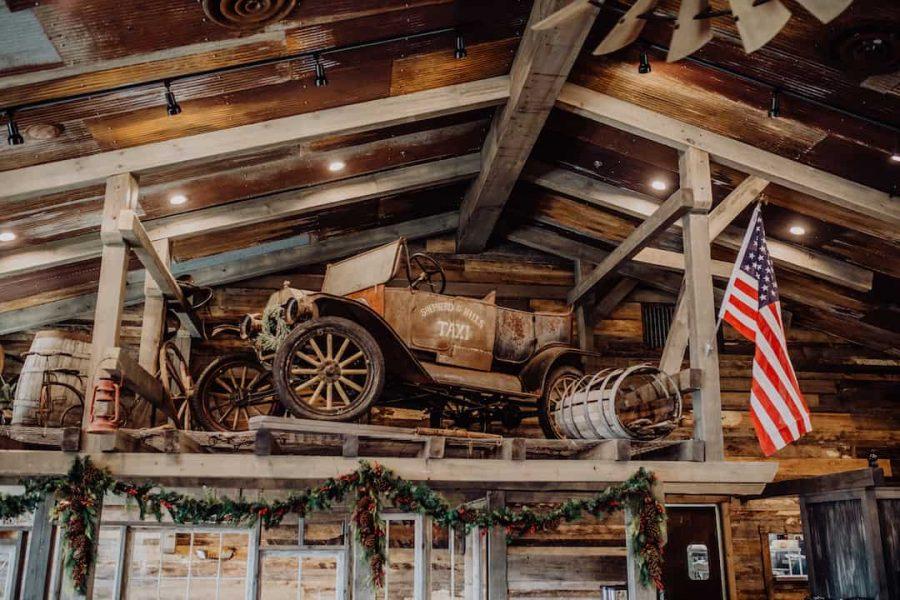 oldcarinsideshepherdsmill